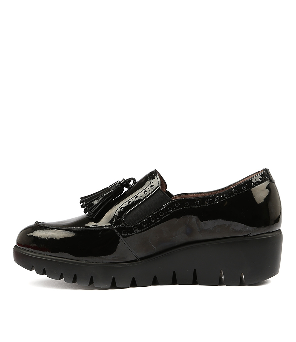 80a5a8aed30 WISHBONE BLACK PATENT LEATHER by WONDERS - at Cinori