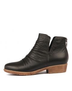 ROSTIE BLACK LEATHER