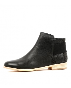 QUENTO BLACK LEATHER