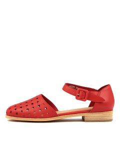 QUIES RED EMBOSSED LEATHER